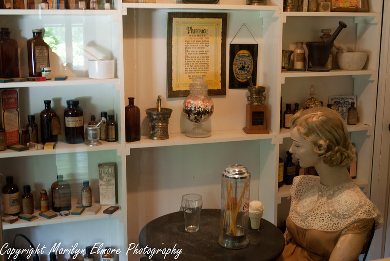 APOTHECARY AND SODA SHOP